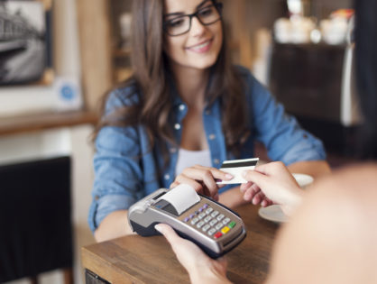 9 Reasons Why Your Small Business Should Accept Credit Cards
