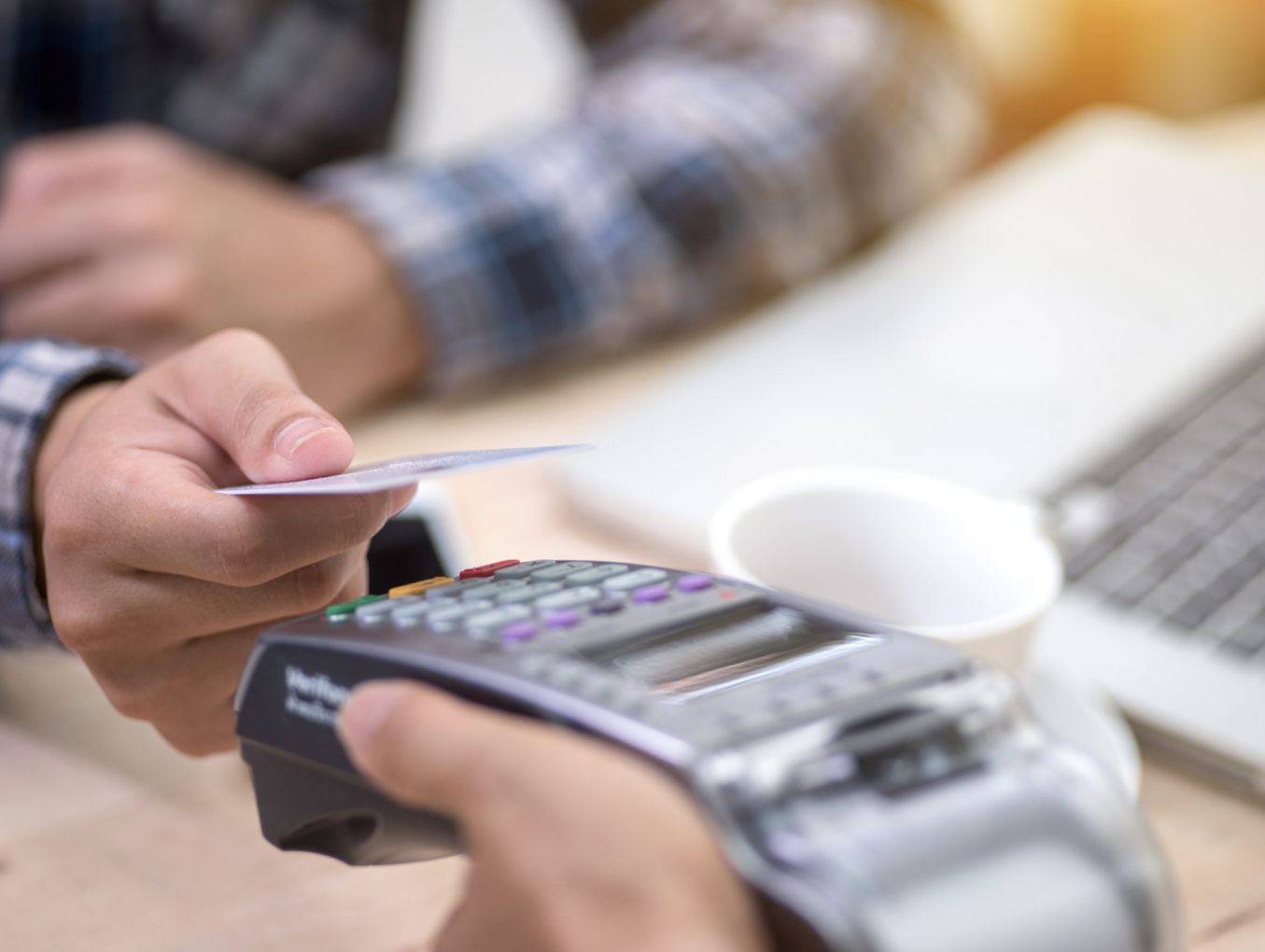 How to Eliminate Your Credit Card Processing Fees with a Cash Discount